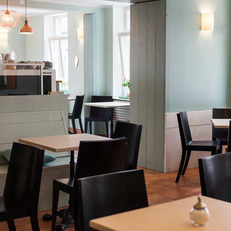 Cafe Innen - Pearson & Puppe